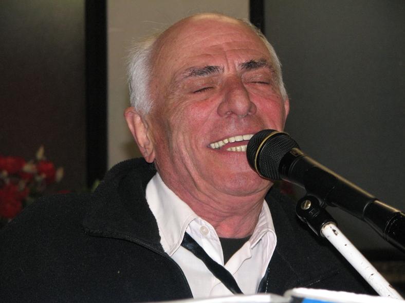 2009_008