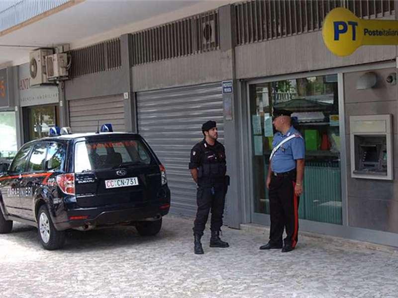 Carabinieri Ufficio postale 2