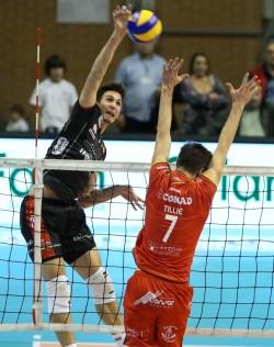 Alexandre Ferreira in attacco contro Ravenna