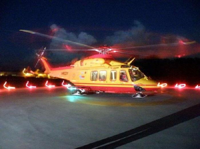 elicottero notturno