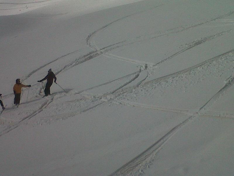 Neve rossa Tonale