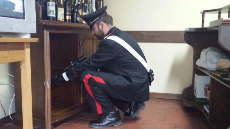 Temù carabinieri armi