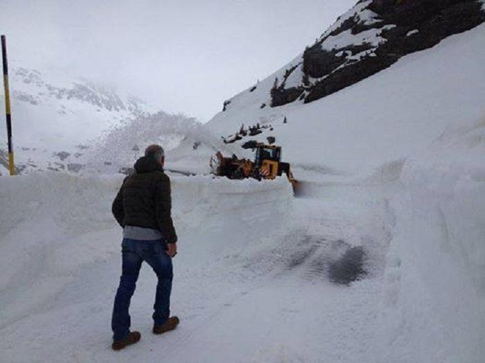 Passo Gavia neve