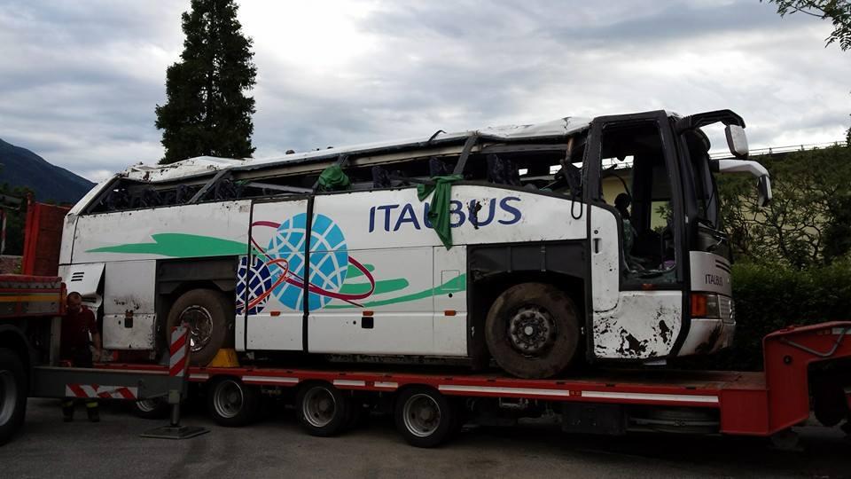 Rimozione bus a Feltre