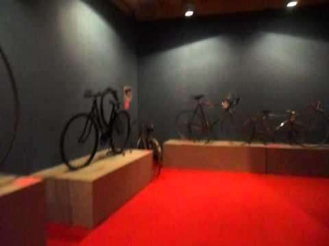 Ponte di Legno e Giro d'Italia: la mostra di Edoardo Nonelli sul ciclismo. VIDEO