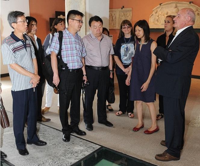 Campione d'Italia la delegazione della provincia cinese dello Shanxi ricevuta dall'assessore Mario Zanotta