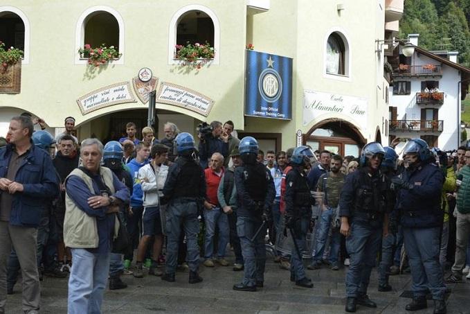 Pinzolo protesta 2