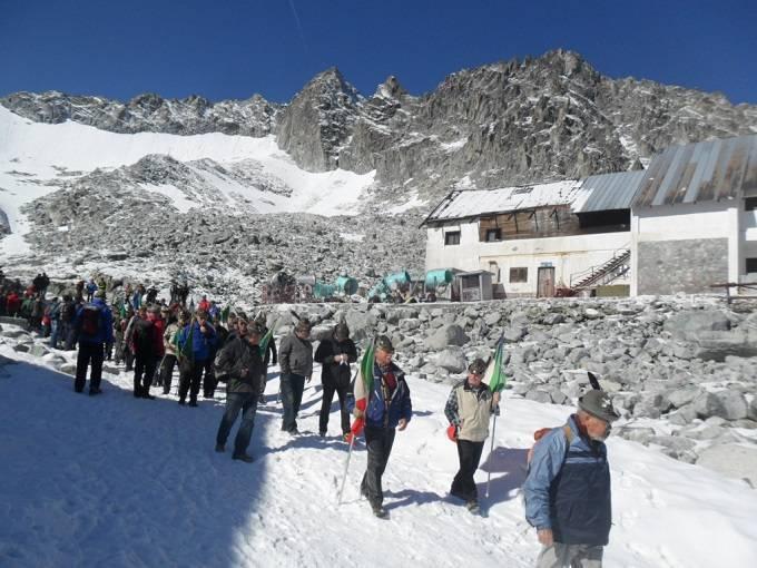 alpini presenti fratellanza