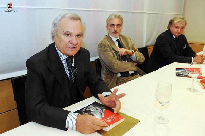 """Casinò di Campione d'Italia lo scrittore Ruggero Cappuccio presenta il suo libro """"Fuoco su Napoli"""""""
