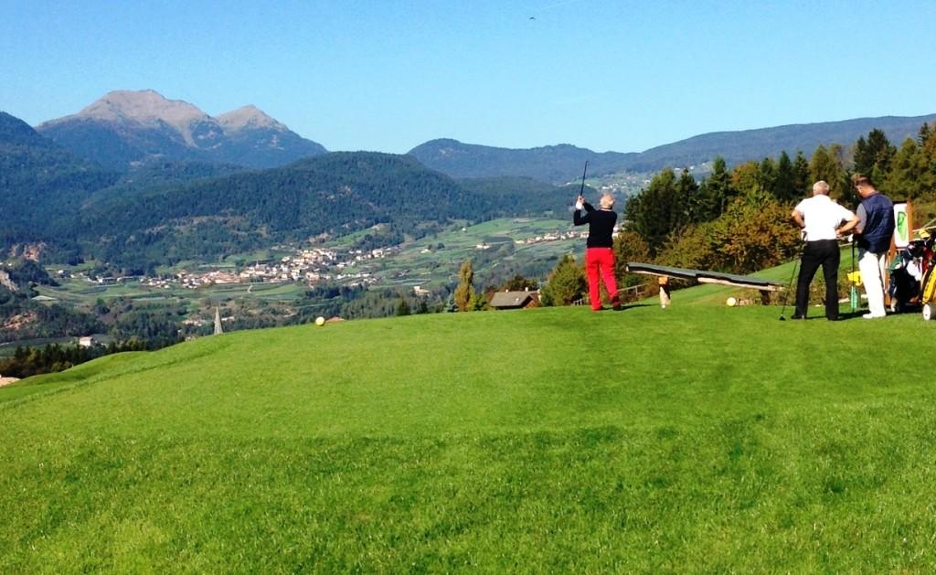 golf sarnonico trentino dolomiti