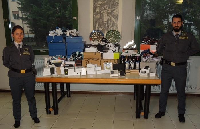 Finanza prodotti contrafffati