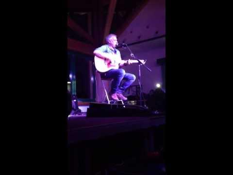 Successo del concerto live di Davide Van De Sfroos al Corvatsch. VIDEO