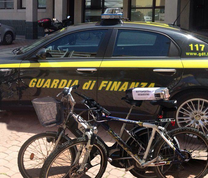 GdF Bolzano - sequestro bici1
