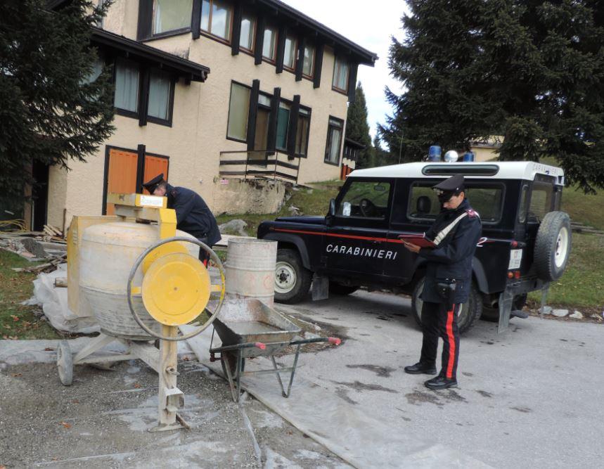 Carabinieri cantiere Madonna di Campiglio
