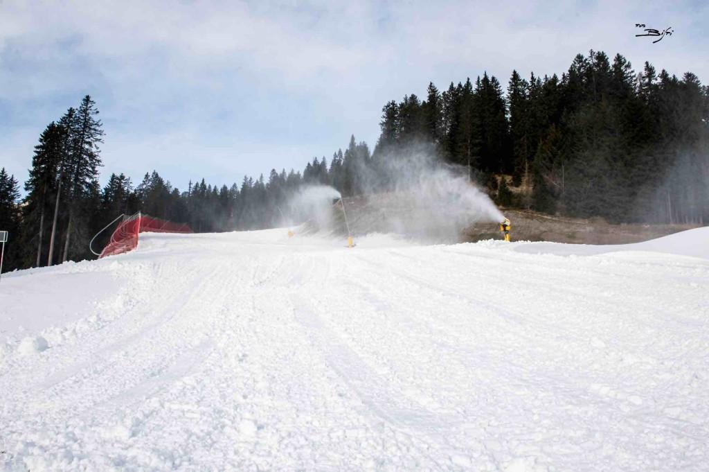 preparazione piste neve sparata campiglio