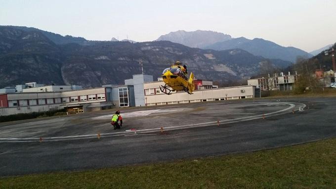 Soccorso alpino elicottero Esine 1