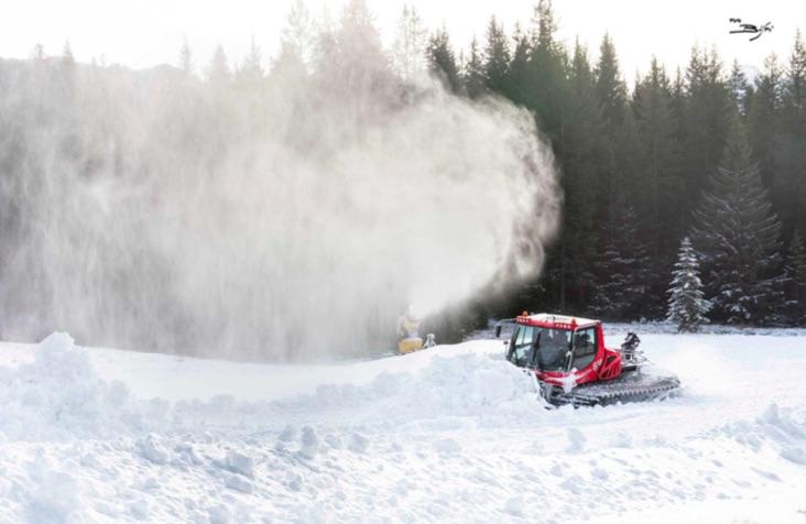 preparazione piste sci madonna campiglio cannoni neve gatto nevi