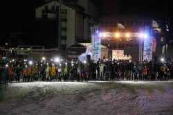 partenza scialpinistica notturna
