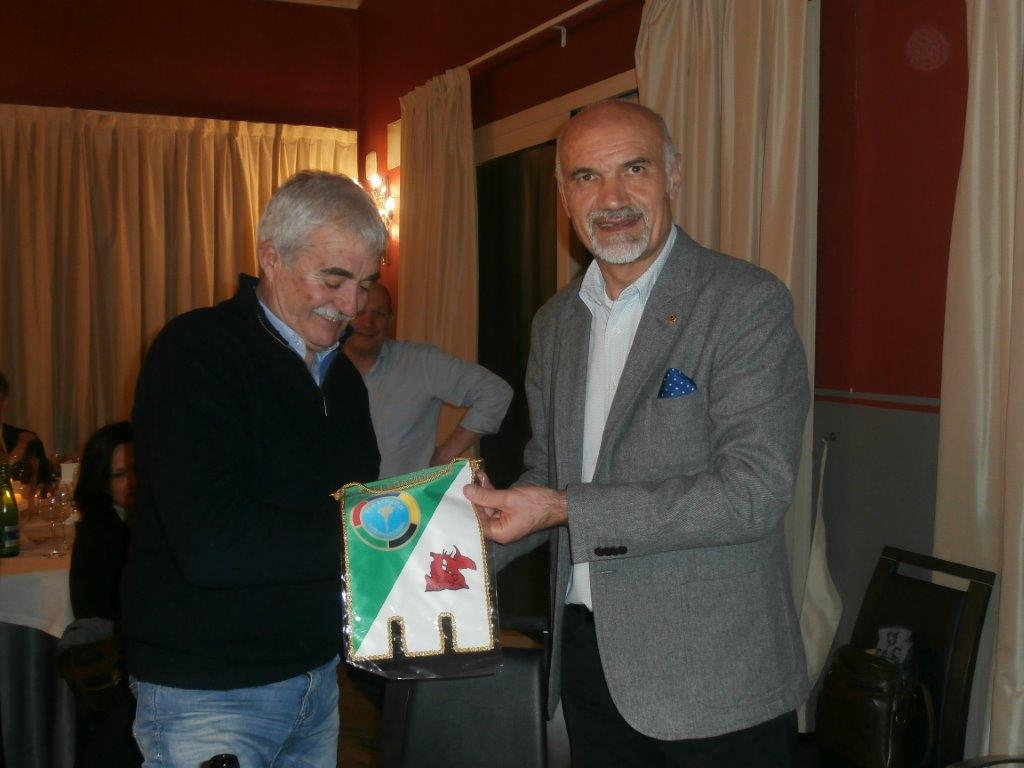 Il presidente Nezosi con Giacomo Vismara