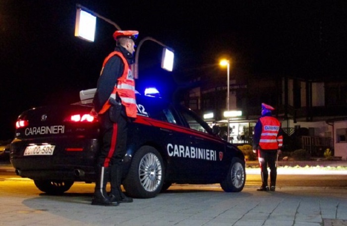 controlli carabinieri Alto Adige con neve 1