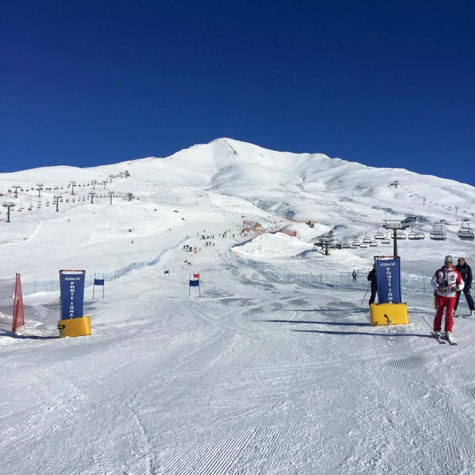 passo tonale gara sci gigante