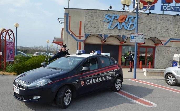 furto carabinieri orzinuovi