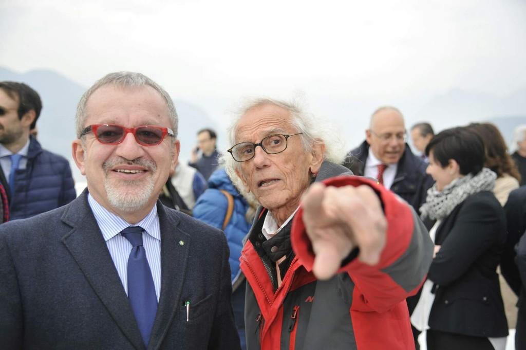 maroni presidente lombardia e christo