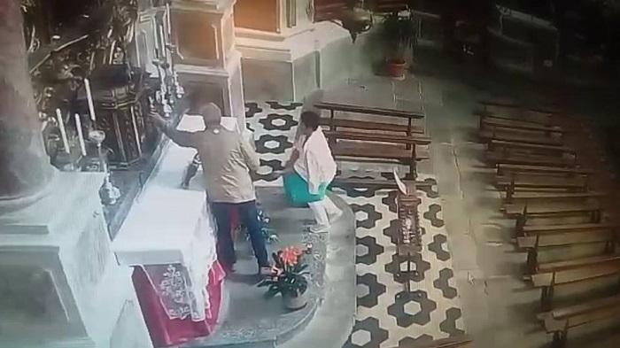 Malonno furto in chiesa 1