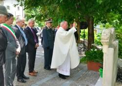 prete commemorazione