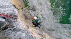 intervento soccorso alpino pendio montagna cresta