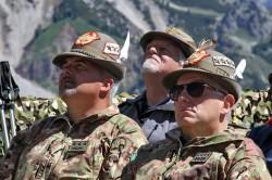 Il Capo di Stato Maggiore della Difesa con il Comandante delle Truppe Alpine
