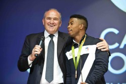 """Campione d'Italia """" Notte delle Stelle """" dello sport, la premiazione di Frank Chamizo medaglia di bronzo lotta libera alle olimpiadi del Brasile 2016"""