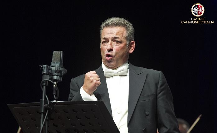 Campione d'Italia concerto del tenore Ottavio Palmieri con l'Orchestra Filarmonica Italiana diretta dal maestro Daniele Agiman