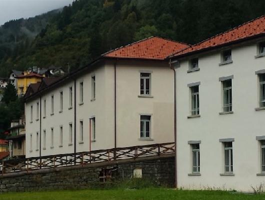Ponte di legno conclusi i lavori di demolizione del ponte sull oglio e casa del turista - Costo demolizione casa ...