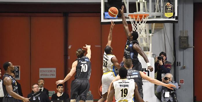 Aquila Basket 01