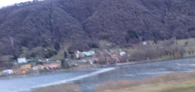lago-endine-ghiacciato