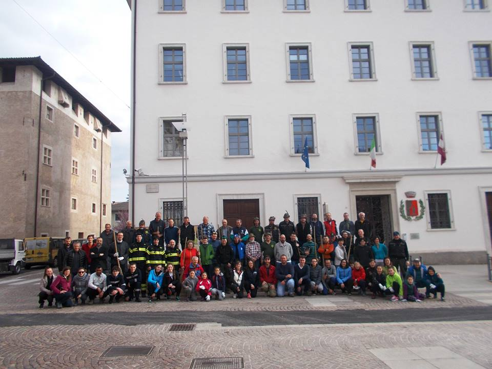 volontari giornata ecologica 2017