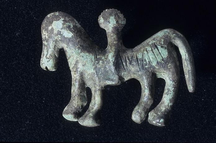 Bronzetto di cavaliere iscrizione retica1000 1