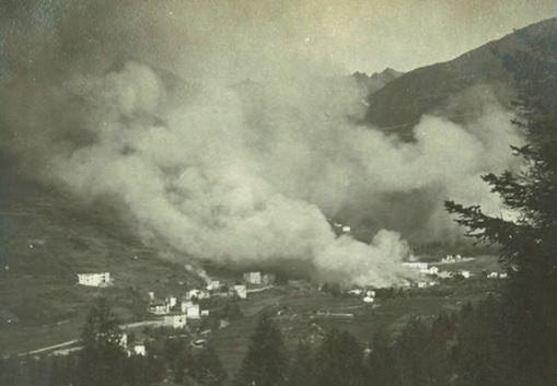 Ponte incendiato sett 1917