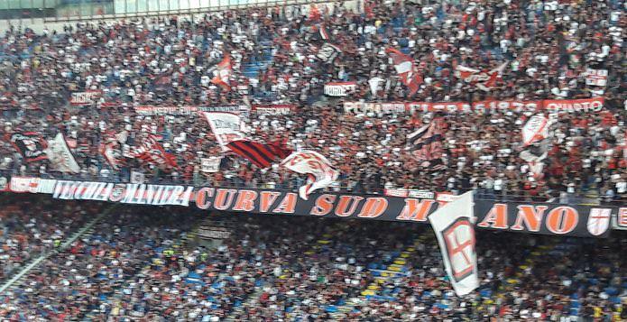 Milan curva sud 1