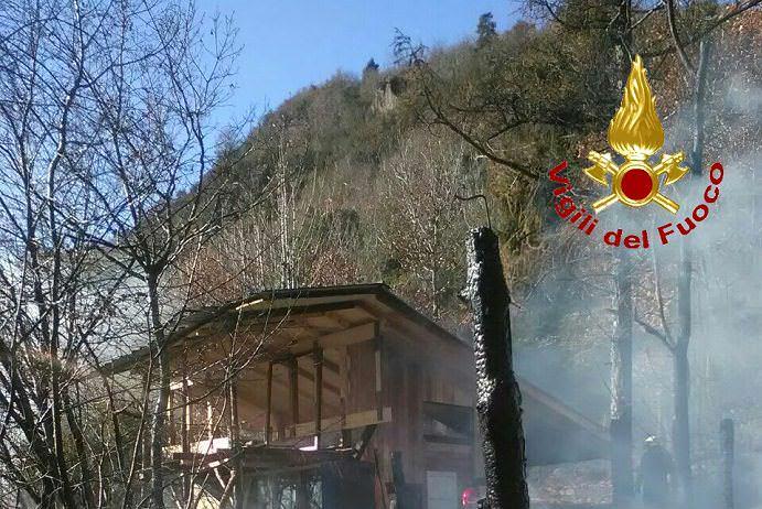 Vigili del fuoco Darfo incendio 20