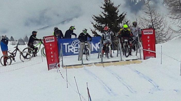 Winter Downhill 02