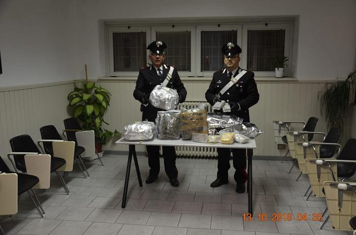 Breno - carabinieri - droga