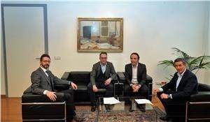 da sinistra il segretario generale Florian Zelger. Vettori, Achammer, Widmann © Consiglio-Werth
