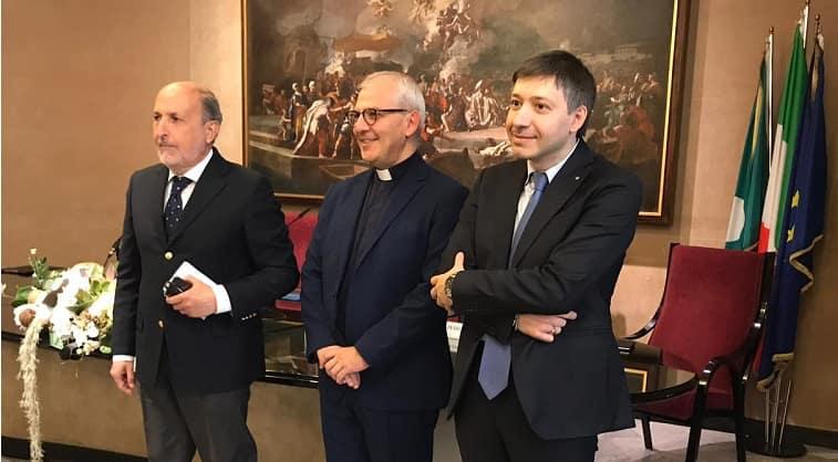 Da sinistra il Prefetto Scalia, Monsignor Dellavite e Dirigente Ust Molinati