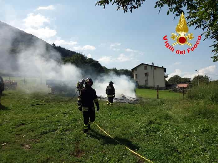 Incendio ruolotte - Artogne 2