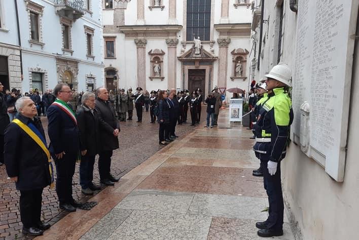 Cerimonia caduti Trento