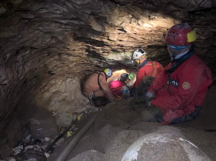 Soccorso alpino - Speleologico recupero in grotta