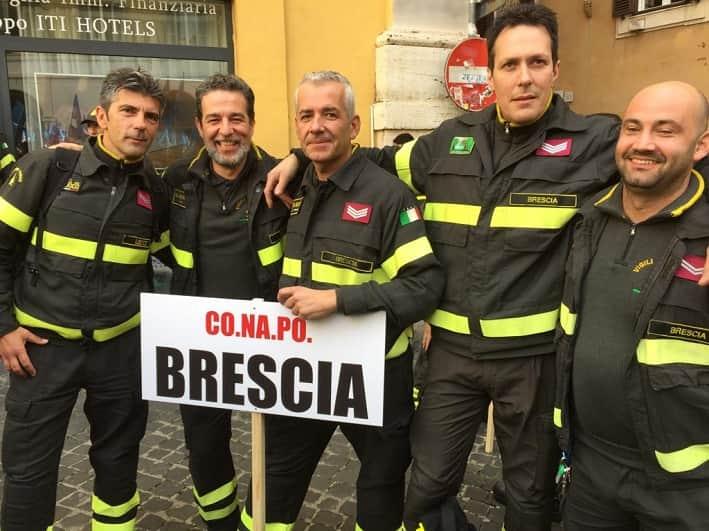 vigili del fuoco - protesta - Brescia - Roma
