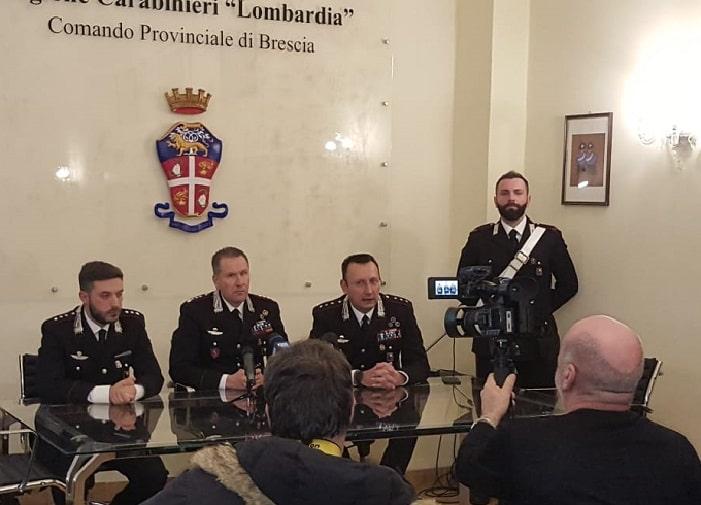 Carabinieri - conf stampa - omicidio Bedizzole